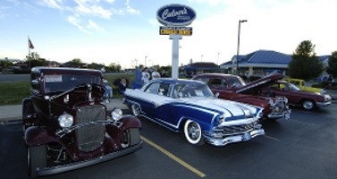 cars with culvers sign e