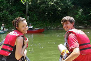 cave country canoes
